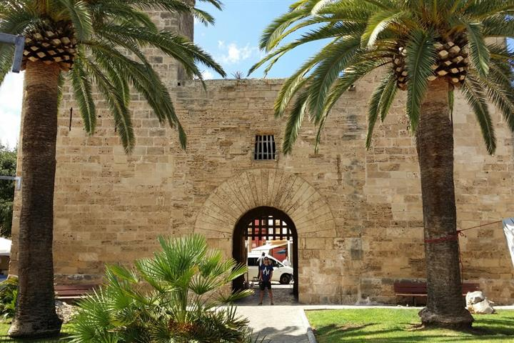 Majorca - discover the historic towns of Alcudia and Port d'Alcudia