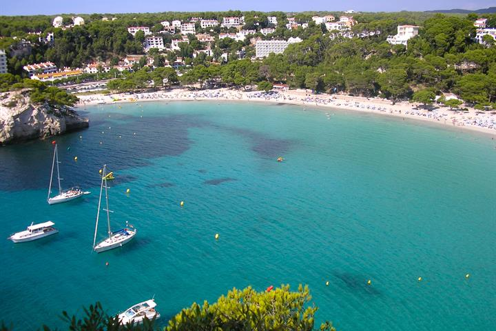 Majorca vs Menorca: Which island would you choose for your holiday?
