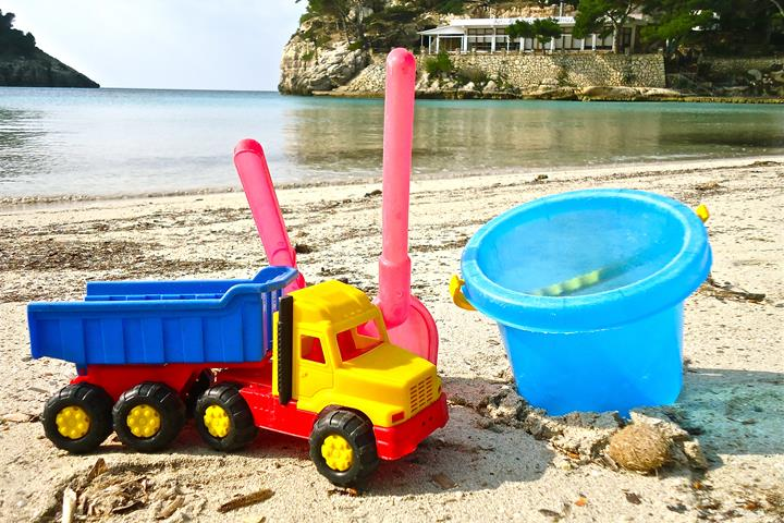 7 of Menorca's best kid-friendly beaches