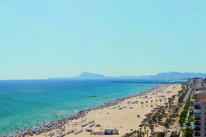Let's go to la Playa Norte in Gandia!