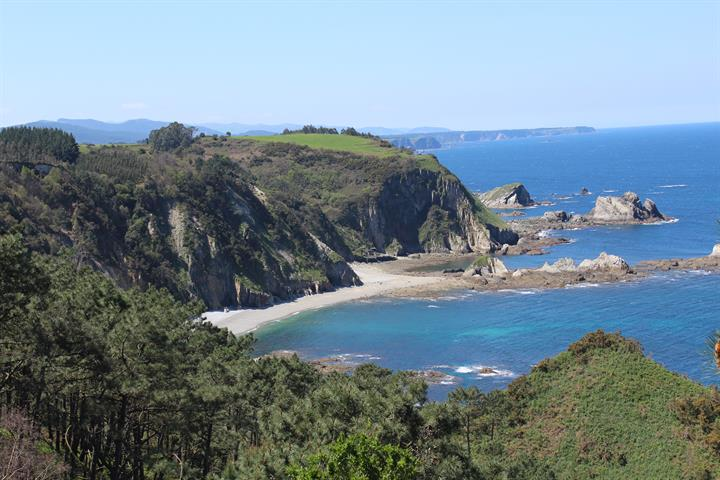 8 Incredible Beaches of Asturias: Experience Spain's Costa Verde
