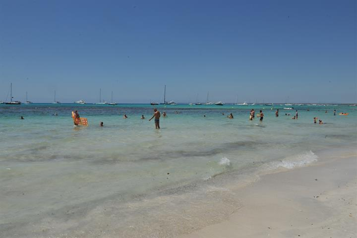 The Most Famous Beach In Mallorca - Es Trenc