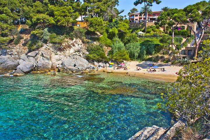 Costa Brava, Spain – holiday guide, video, reviews, facts ...