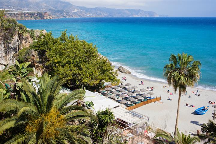 A comprehensive guide to the best beaches on the Costa del Sol
