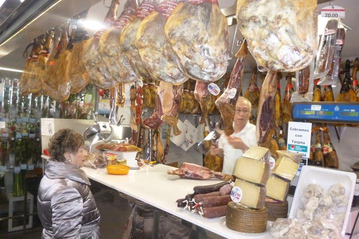 A trip to the city market in Almería