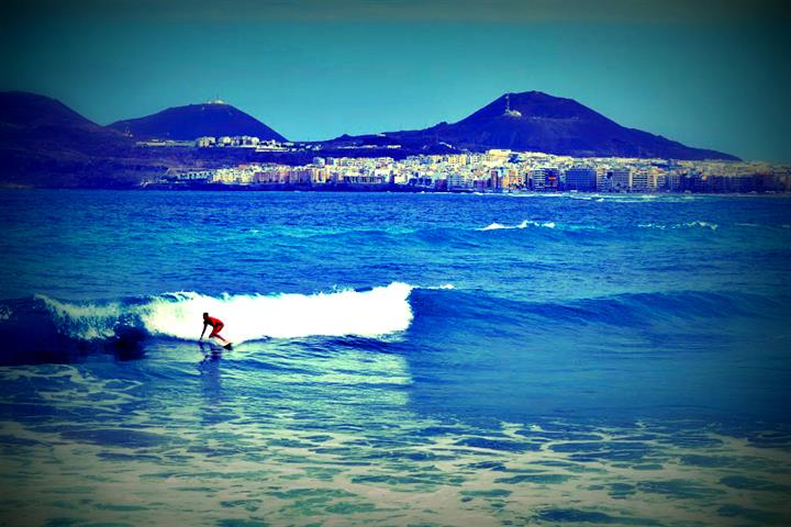 Introducing Las Palmas de Gran Canaria, surf city