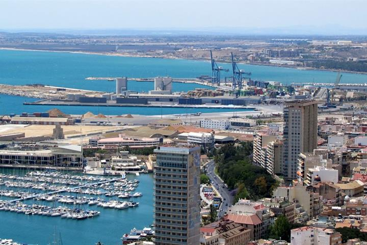 Where to take the family in Alicante when it rains
