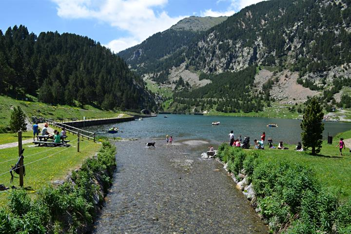 Visit the Vall de Núria in the Pyrenees