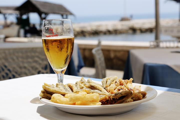 Malaga's Best Chiringuitos and Beachfront Restaurants