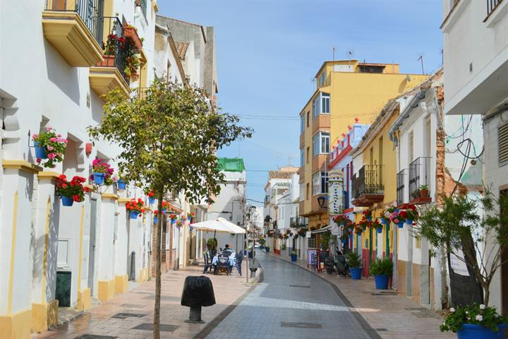 A Guided Walk of Estepona