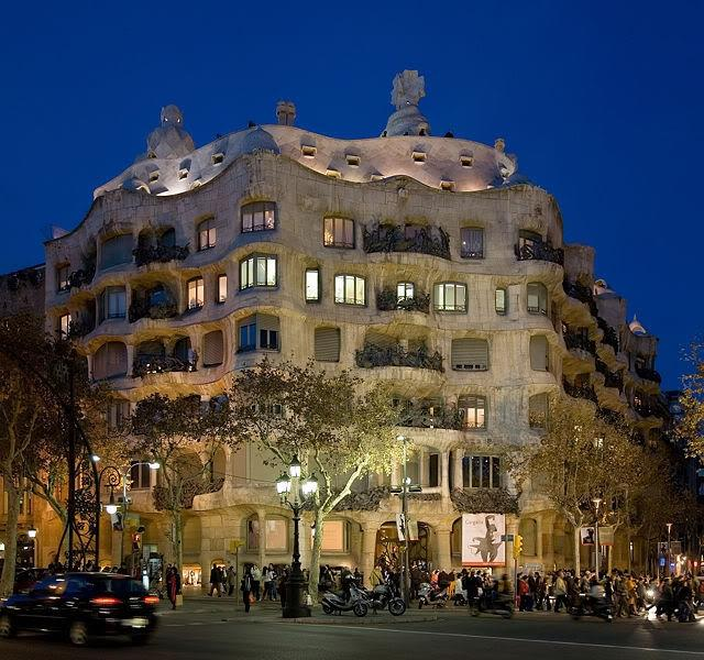 Most of Gudis building are on Passeigh de Gracia 30 m.away