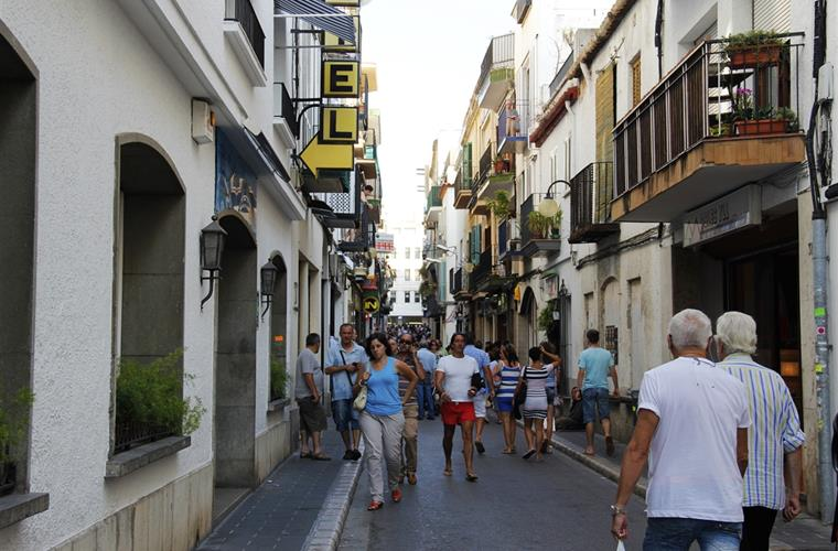 SITGES COMERCIAL STREETS
