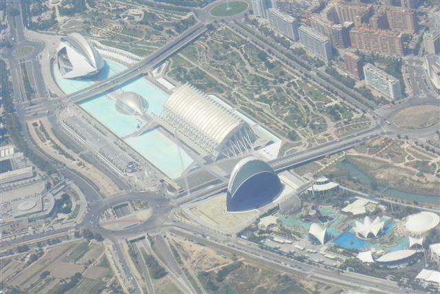 Opera, science Centre, IMAX cinema and aquarium in Valencia