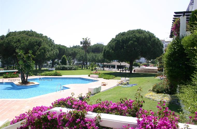 7 acres of gardens with 3 pools and Life Guards, restaurant & Cafe