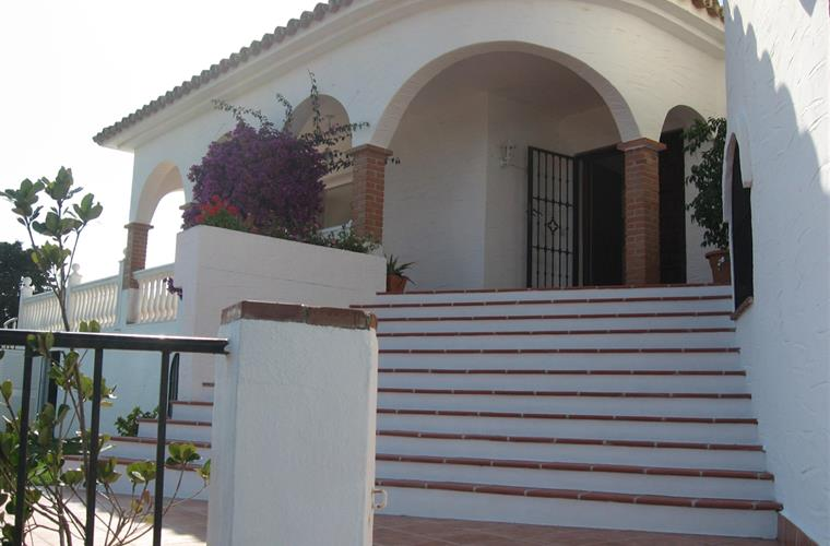 Main entrance to the villa