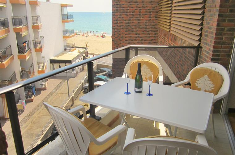 Terrace with view of the beach