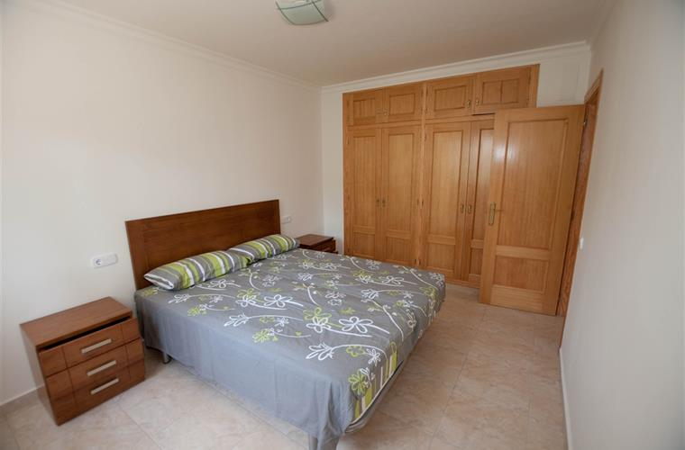 2nd bedroom with a double bed