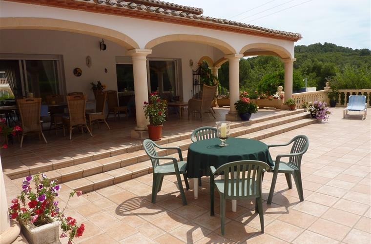 Holiday villa for rent in j vea j vea vacation villa 11385 for Outdoor furniture javea
