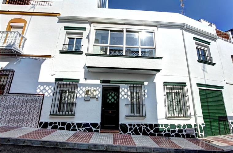 Beautiful Old Town Marbella Town House