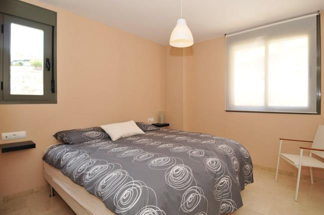 Master bedroom with bathroom en-suite