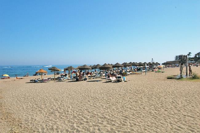 Torrenueva beach between Calahonda and La Cala de Mijas