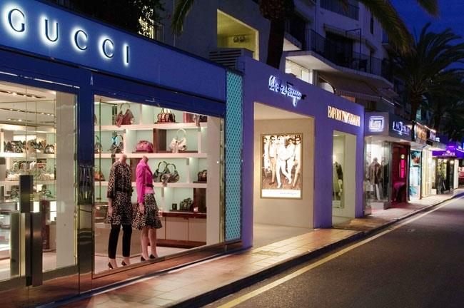 Shopping in Puerto Banus