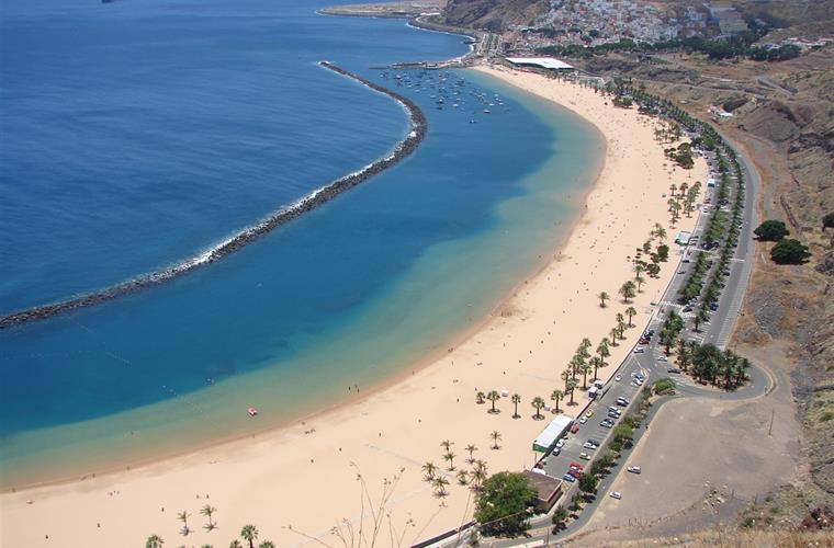 Las Teresitas Beach in the capital Santa Cruz
