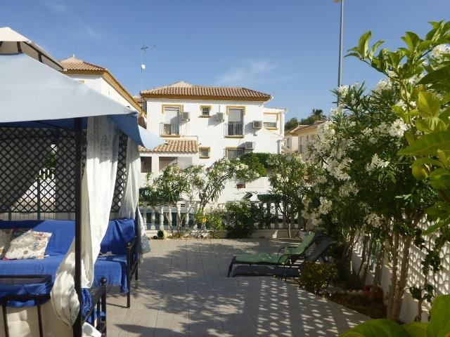 CASA  ZOLA    terrace  and  gazebo.
