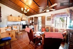 Internal area in Villa José with kitchen, dining area and lounge