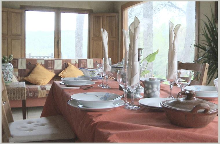 Dining room for 12 people