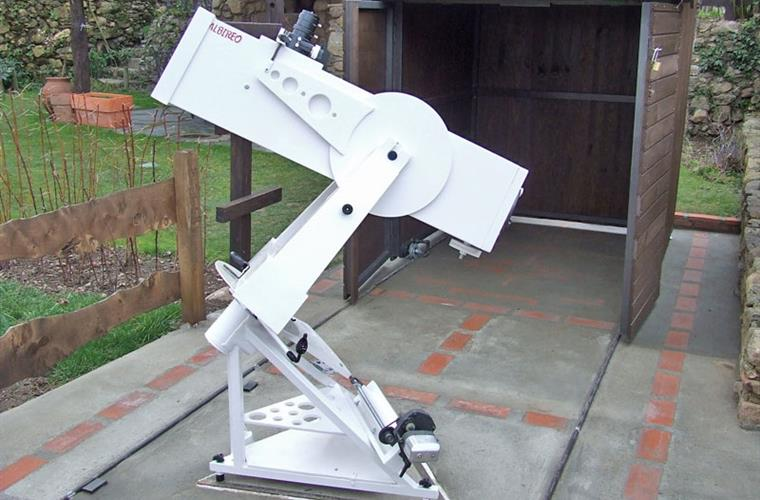 Télescope de 200 mm