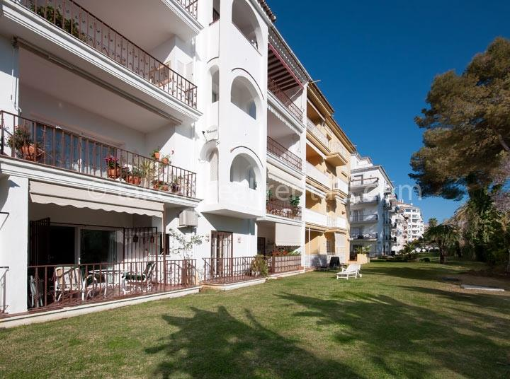 Andalucia del Mar apartment rental Spain 2 bedrooms sleeps 5