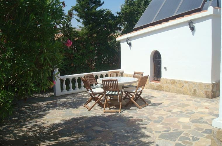 Villa in Denia back terrace