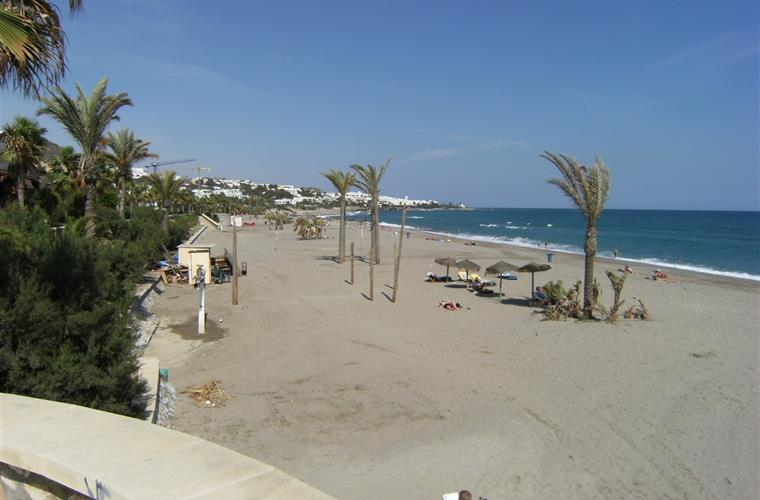 nearby Mojacar beach
