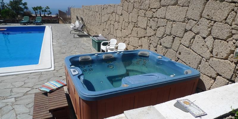 the spar 6 seater hot tub heated to 39c fun and massarging