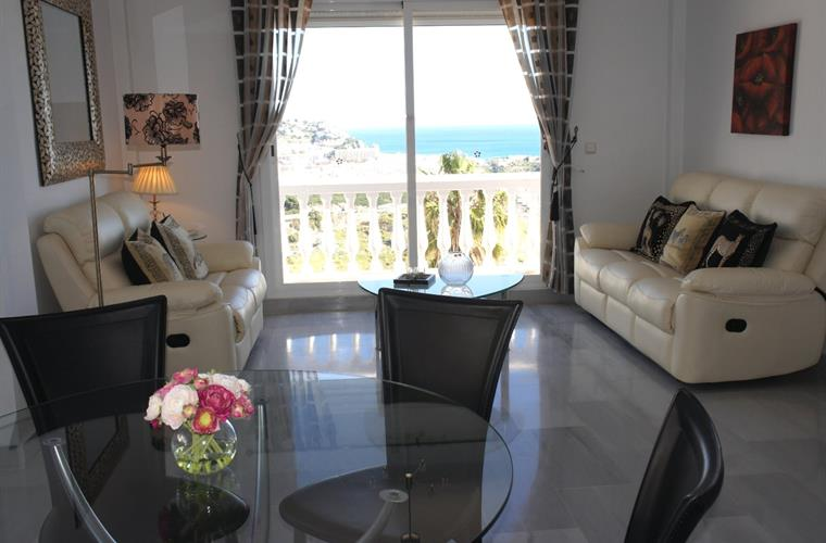 2nd Living Room Area With Leather Sofa´s and Amazing Sea Views