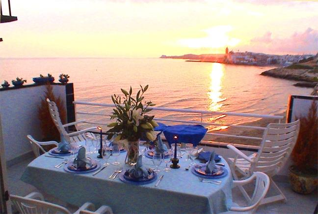Dinner on the terrace with a spectacular sunset