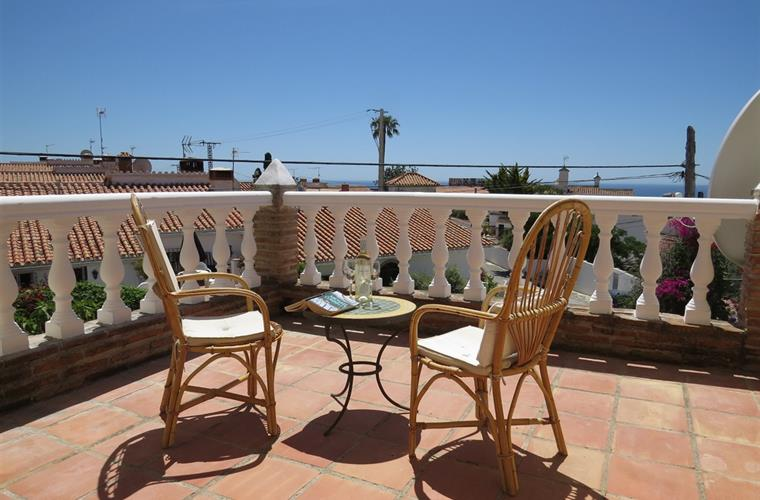 Upstairs terrace with Sea Views