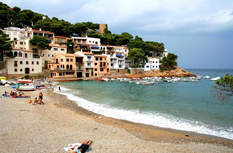 Holiday Apartment For Rent In Begur Aigua Blava Begur Vacation Apartment 14136