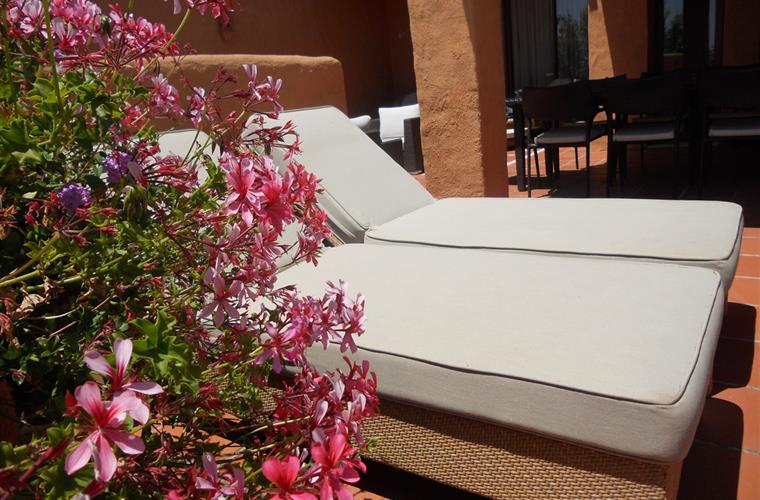 4 sun-beds are available on upper terrace