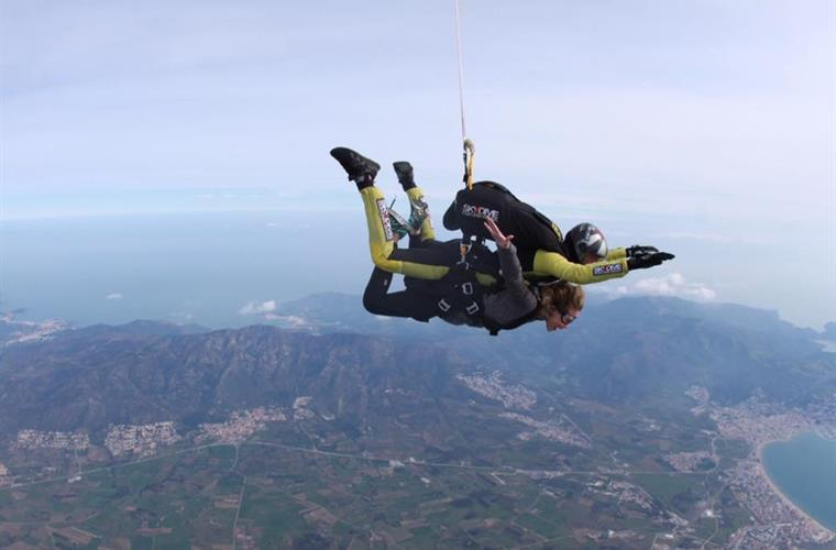 Sky dive, Castellon de Empuries