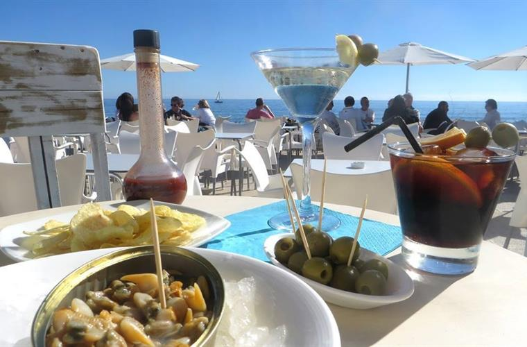 Bar restaurant on the beach Cabrera de Mar