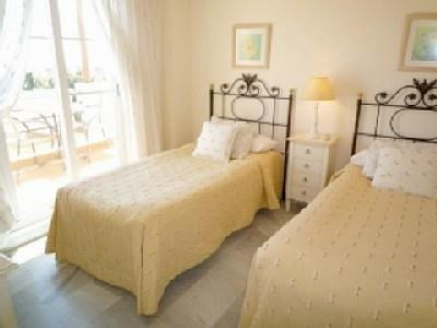 Guest bedroom with access to bathroom and access to a beautiful te