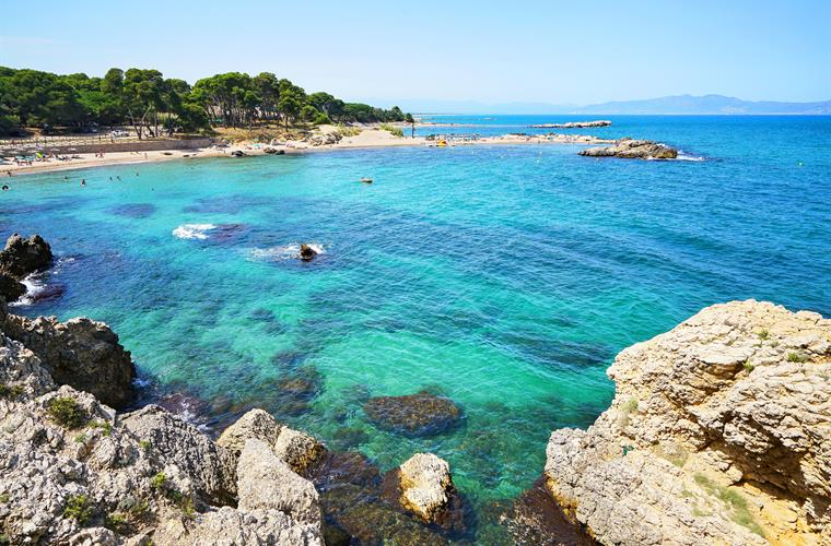 Beautiful beaches of Empuries, perfect water for diving