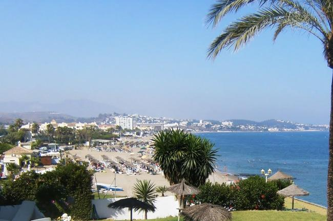 Beach between Calahonda and La Cala de Mijas