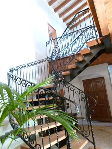 Feature stair case