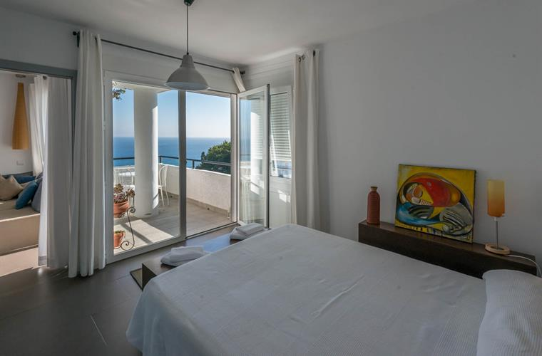 main bedroom with sea views from the bed