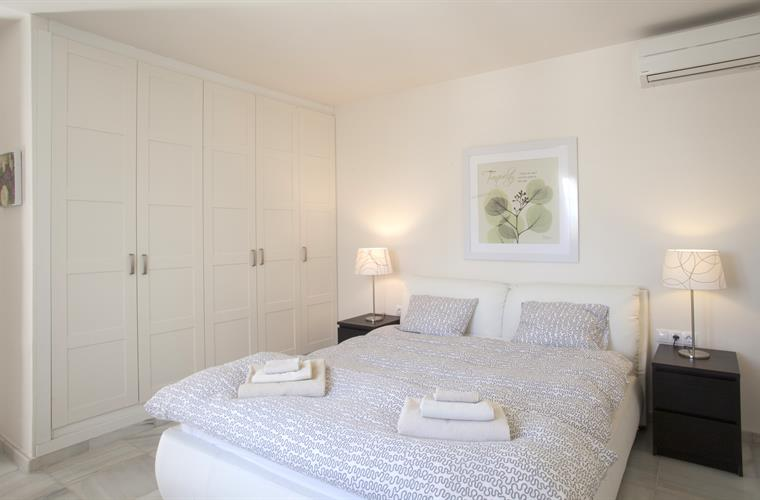 Beautiful master bedroom. Lovely, bright and lots of closet space.