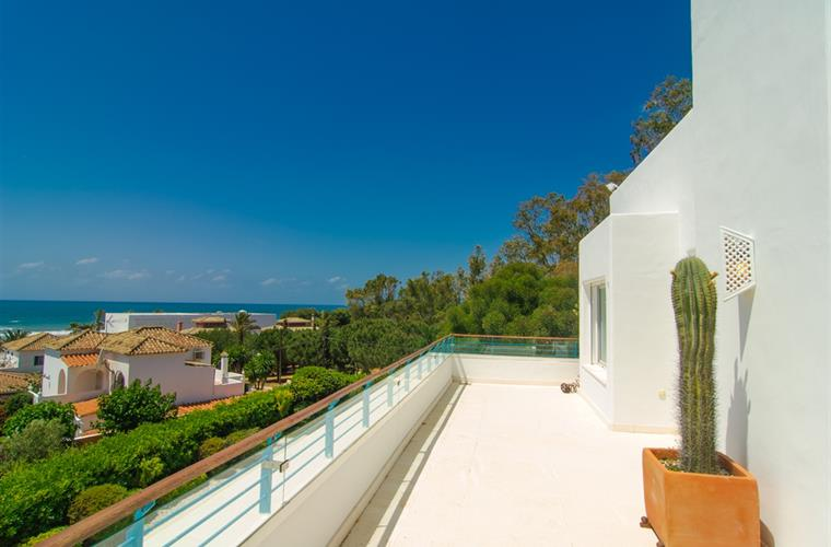 Superb sea views and pool view from the terrace