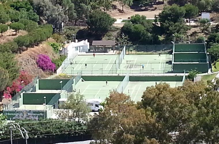 Torremuelle tennisclub + swimmingpool (200m²)